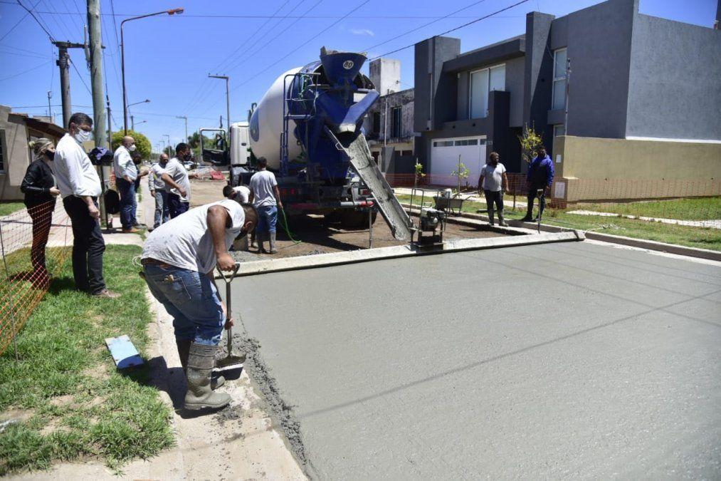 El municipio ya alcanzó las 46 cuadras pavimentadas