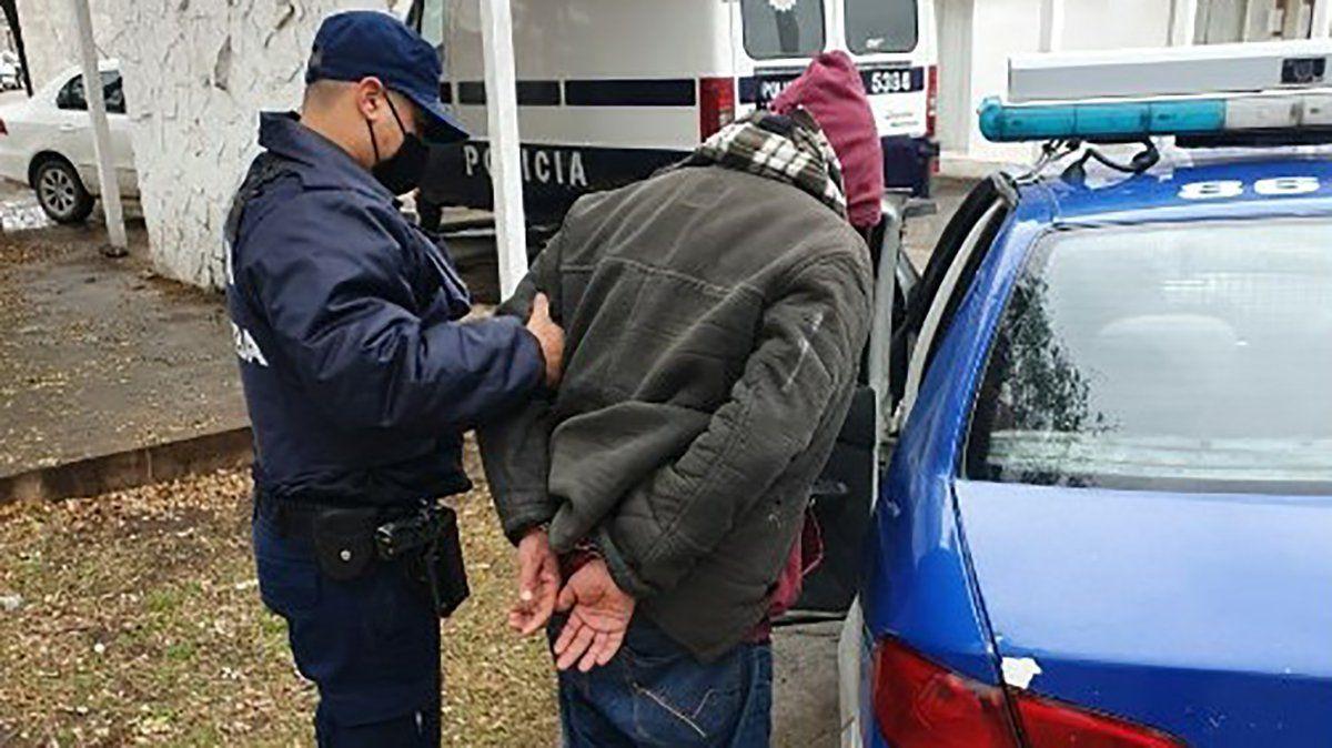 Un detenido por robo de canillas en un complejo de departamentos
