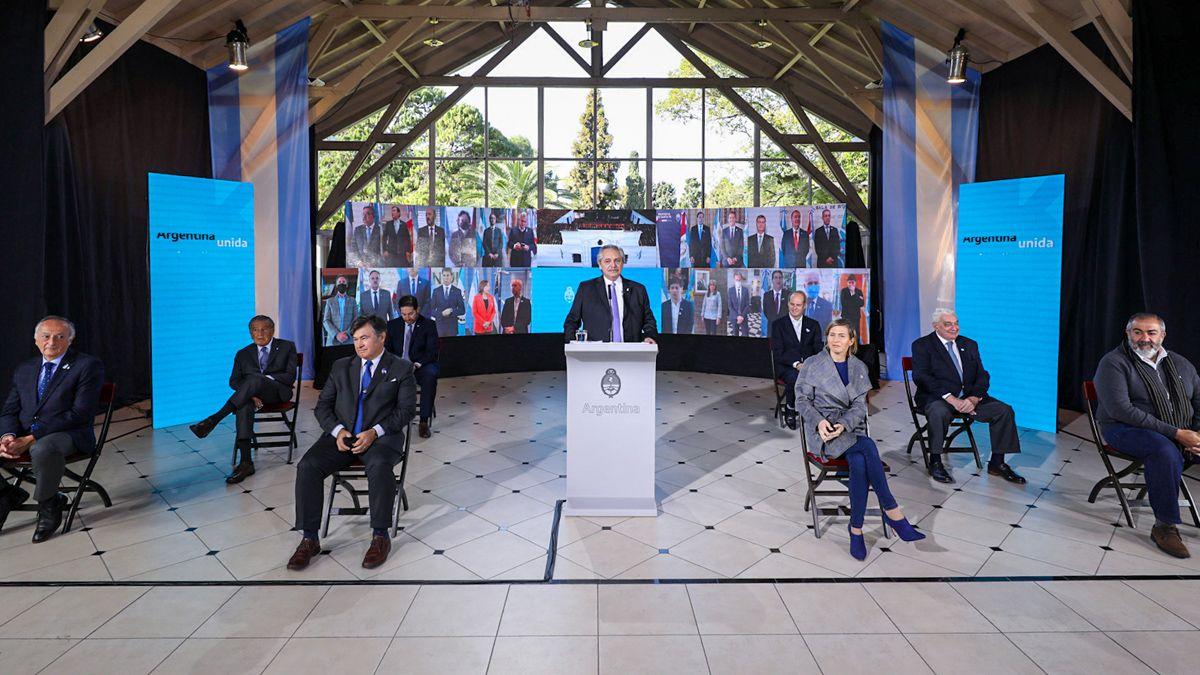El presidente Alberto Fernández encabeza el acto por el Día de la Independencia.