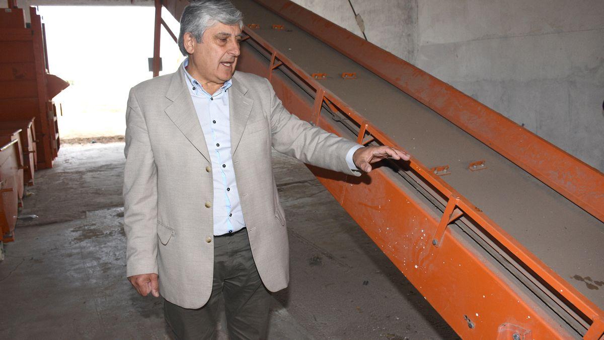 Escudero mostró en 2018 una cinta transportadora