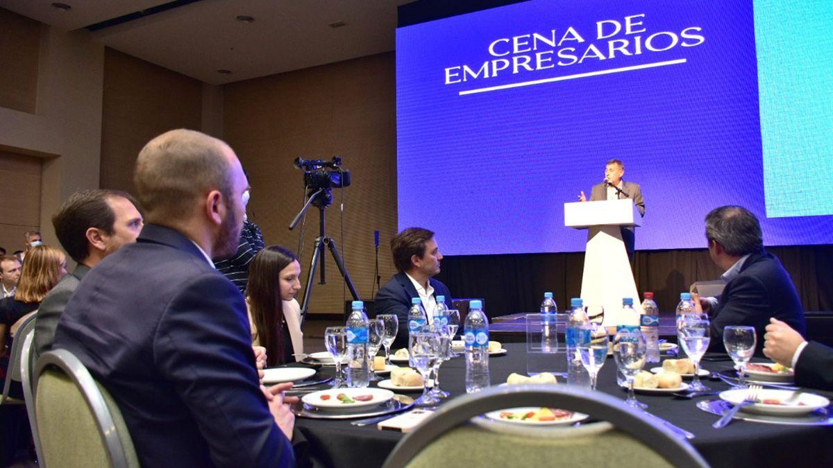 Caserio habla en el Quorum Córdoba Hotel. El ministro de Economía