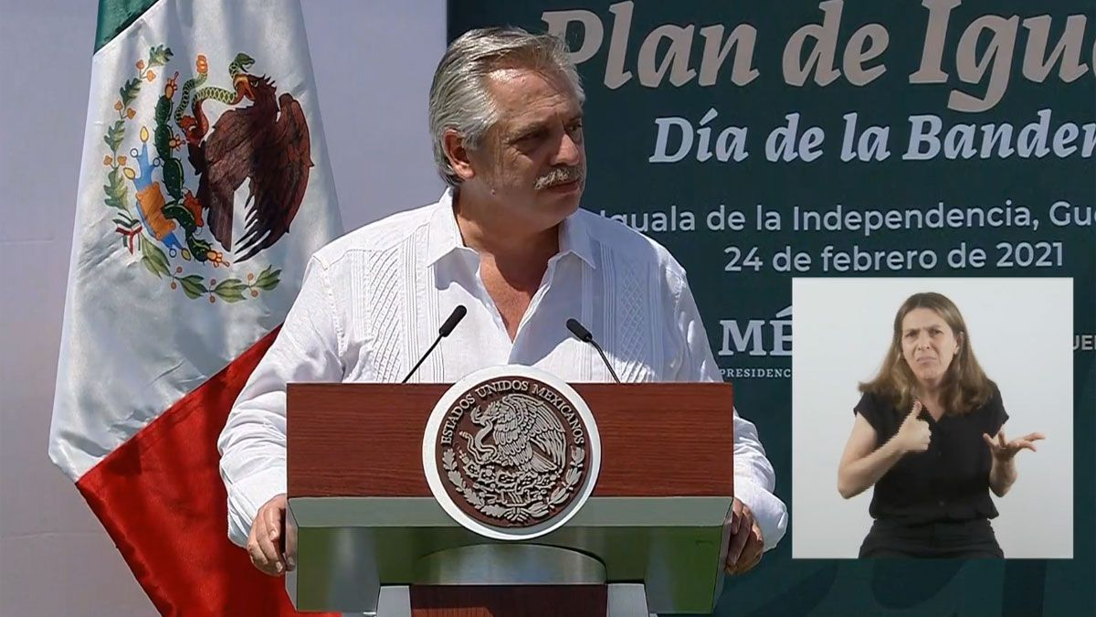 En México, Fernández llamó a los líderes de la región a establecer una igualdad que hoy no existe