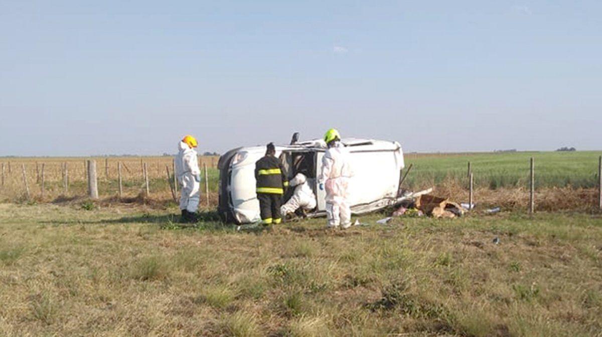 Vuelco fatal en la ruta 35: murió un empleado de un súper de Mackenna
