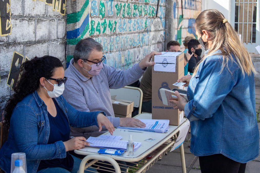 En Villa María los porcentajes quedaron del siguiente modo: Juntos por el Cambio 45