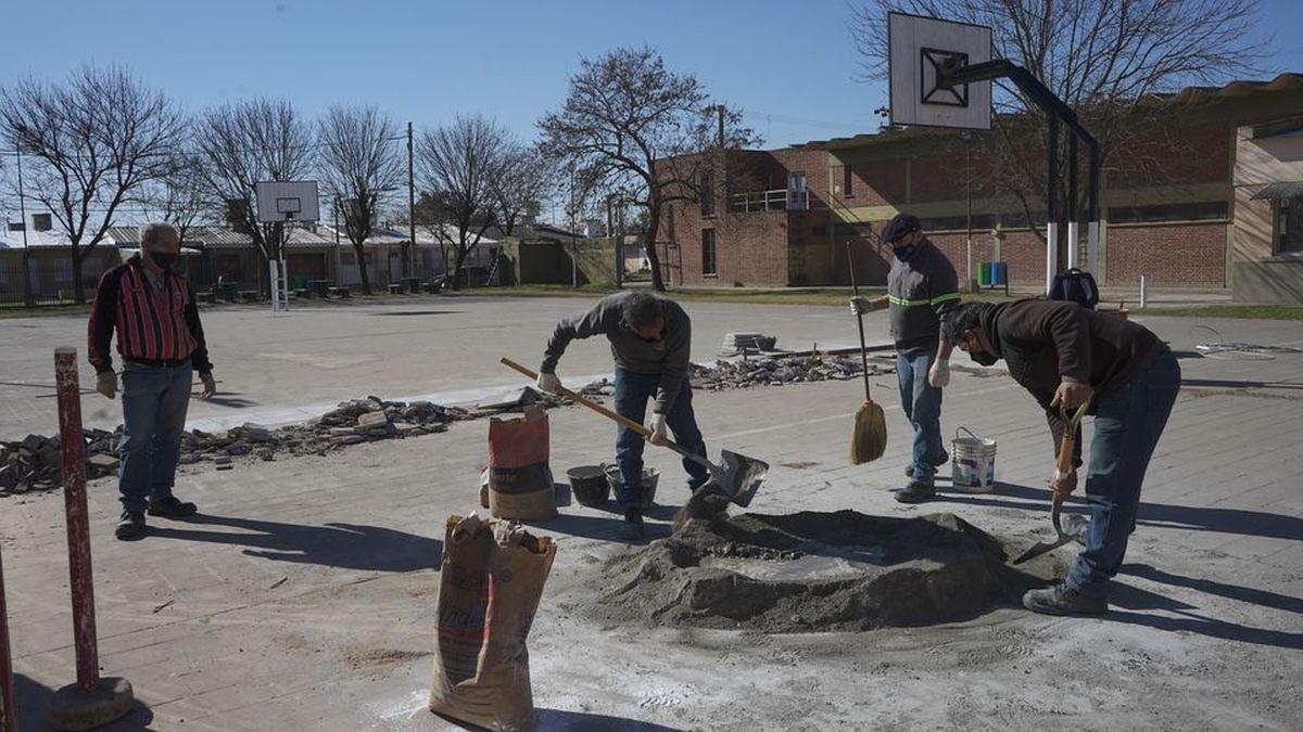 Obras en el barrio Bello Horizonte. El playón deportivo