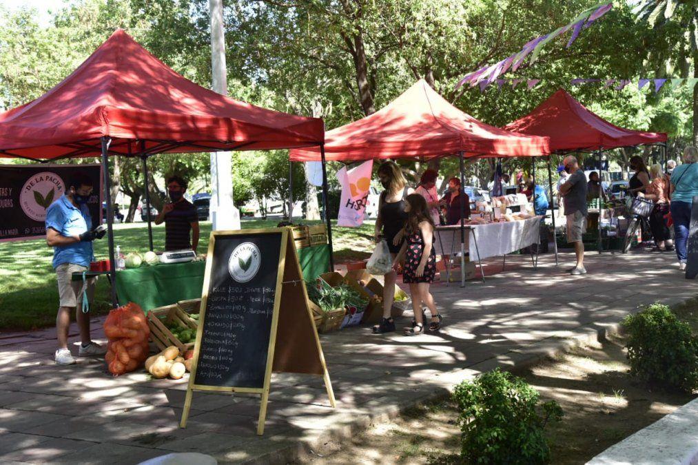 La Feria Franca tuvo una nueva edición en la plaza Independencia