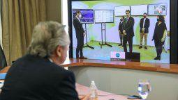 El presidente Alberto Fernández encabezó este mediodía una videoconferencia con el gobernador de Chaco, Jorge Capitanich, para analizar la situación sanitaria en esa provincia y avanzar en la ejecución de medidas conjuntas contra la pandemia de coronavirus COVID-19.