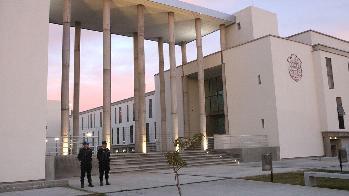 Juzgaron en Río Cuarto a un matrimonio acusado de abandonar a sus hijos en Huinca Renancó.
