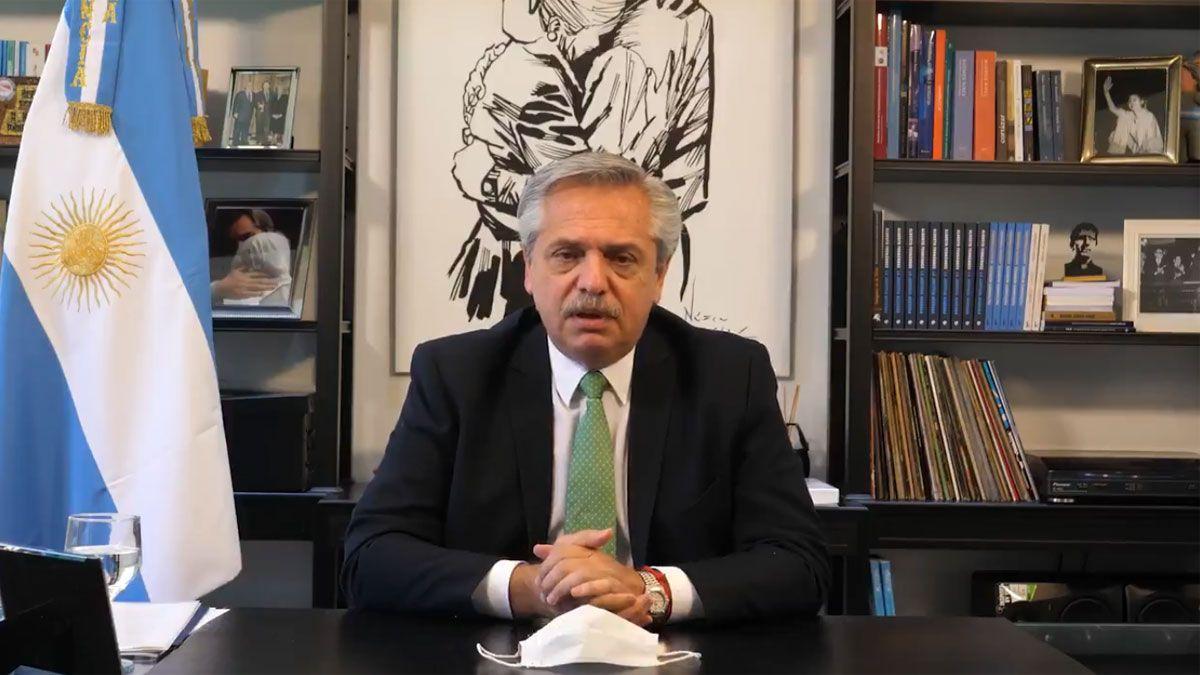 El presidente Alberto Fernández confía en las gestiones para conseguir vacunas para restablecer las actividades.