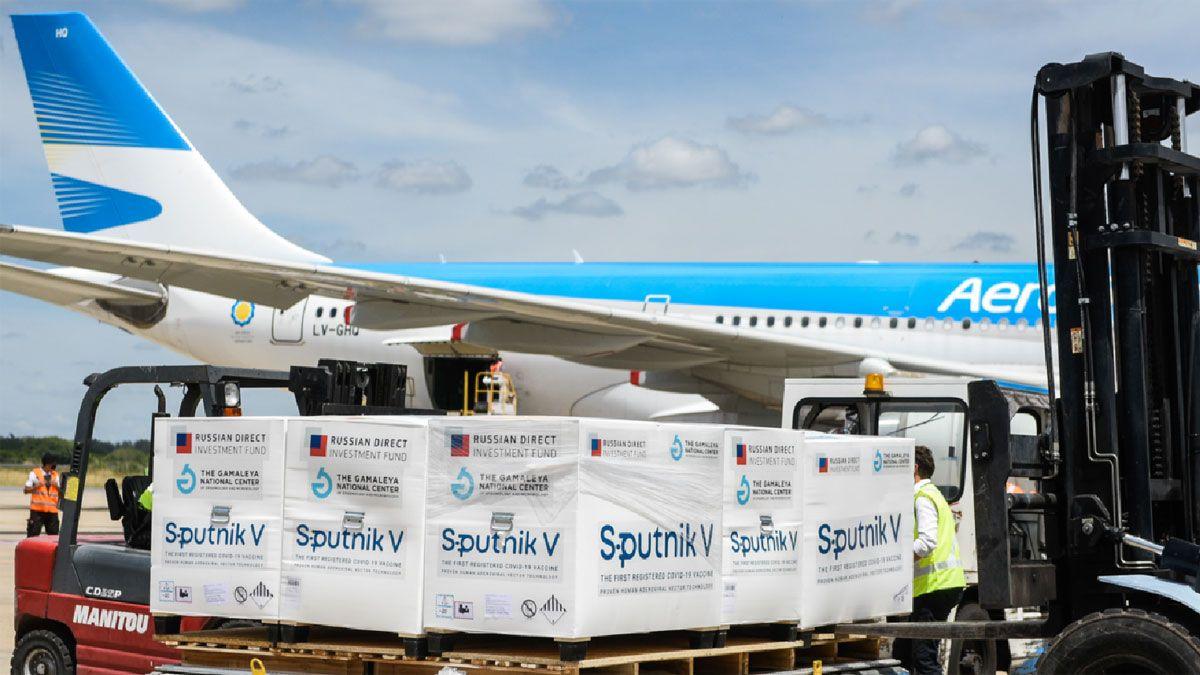 Regresó el tercer avión de Aerolíneas Argentinas con vacunas desde Moscú