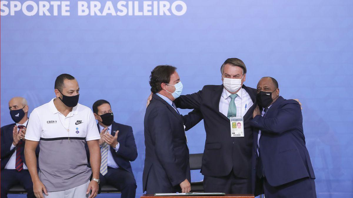El presidente Bolsonaro dio el aval desde un primer momento para albergar la Copa América.