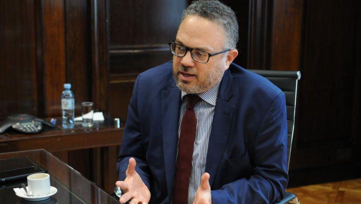El ministro Kulfas encabezó una nueva reunión de la mesa de la cadena alimenticia.