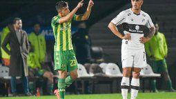 El villamariense Brian Lautaro Guzmán celebra el gol del triunfo de Aldosivi de Mar del Plata ante Platense. El Tiburón de Fernando Gago ganó en Vicente López.