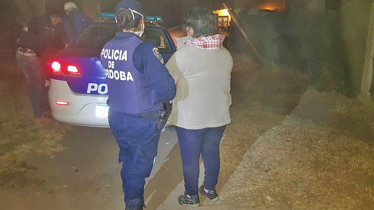 En el procedimiento fueron detenidas cuatros personas.