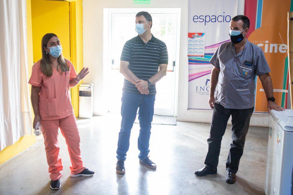 Funcionarios y agentes de salud del Municipio brindaron detalles de la logística de vacunación.