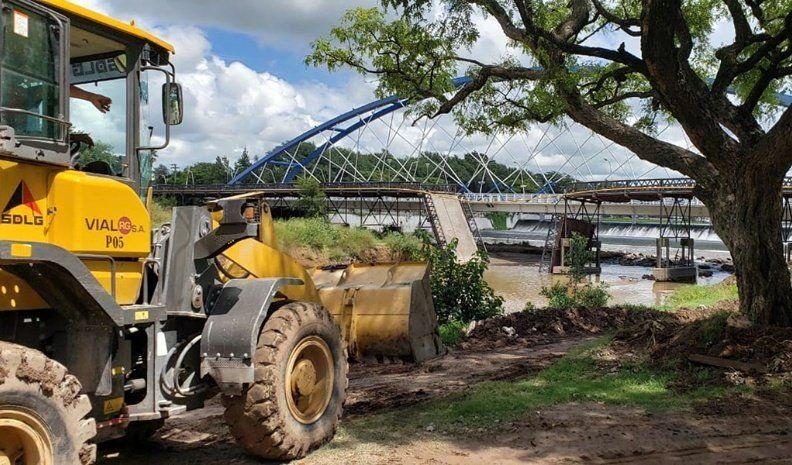 Estiman que en dos meses el puente Vélez Sarsfield estará reparado