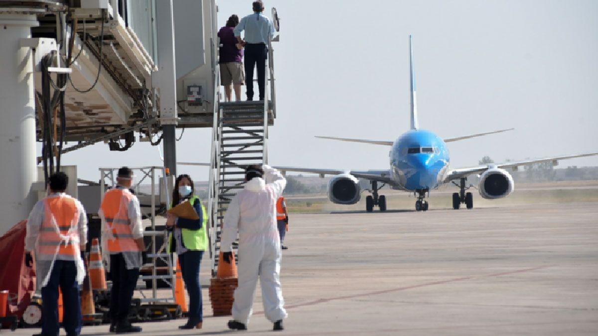 Un nuevo vuelo de Aerolíneas Argentinas partirá esta tarde rumbo a Moscú en busca de más dosis de vacunas.