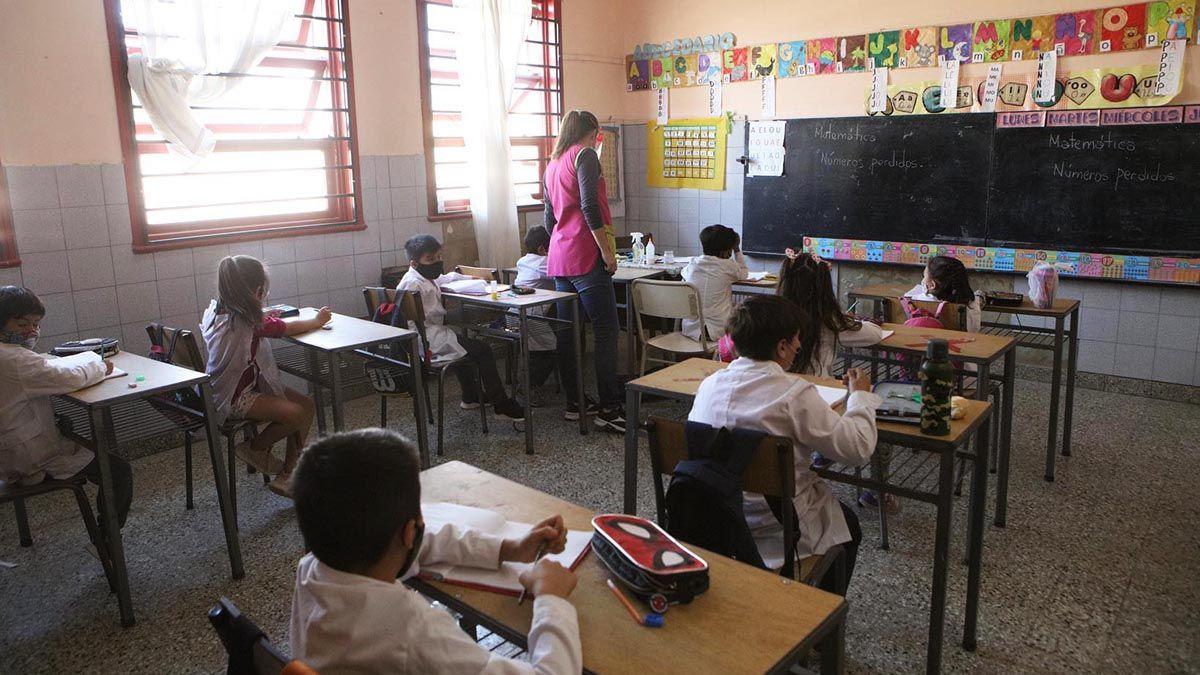 La responsabilidad de un maestro ya no se limita a ser integral en su formación