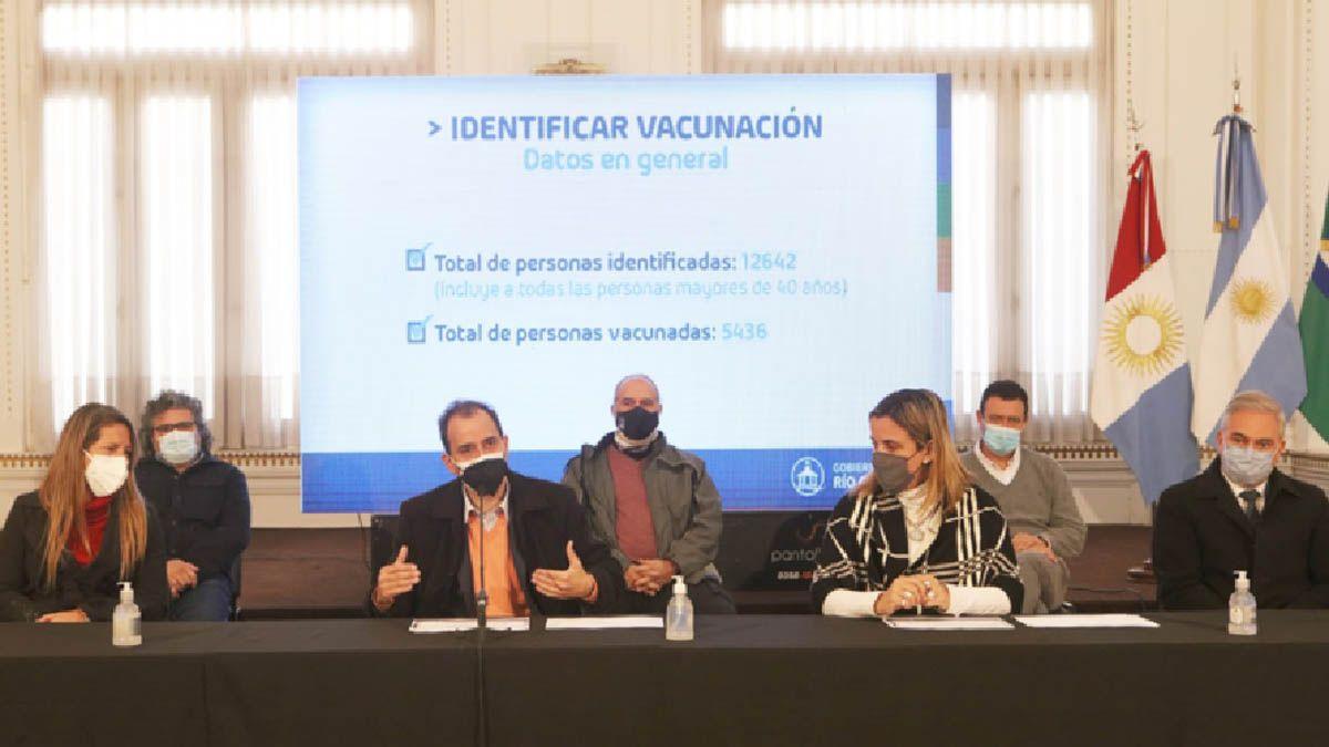 Llamosas anunciando ayer las nuevas acciones del Identificar Vacunación.