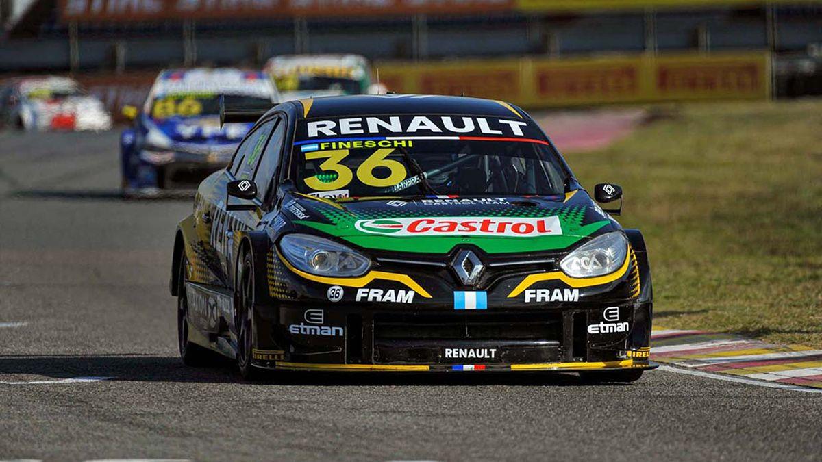 Fineschi se impuso en la final del Súper TC2000 y se quedó con todos los puntos