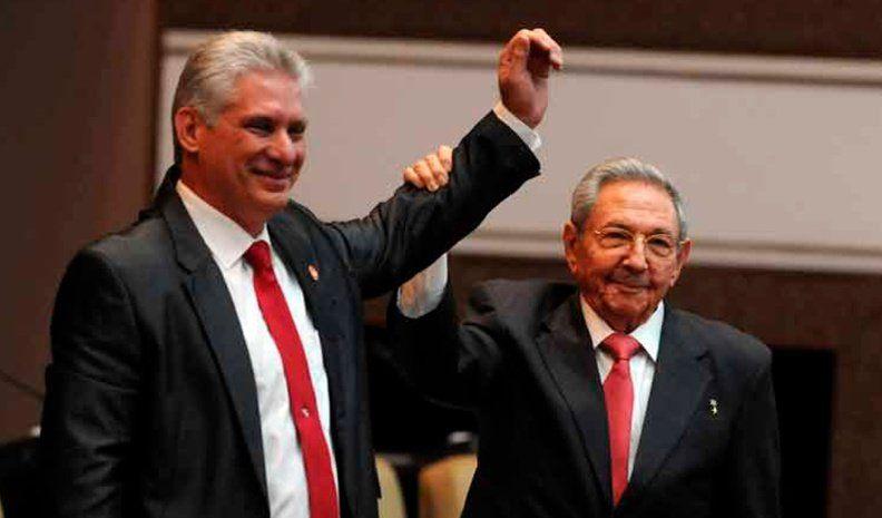 """""""El mandato del pueblo es la continuidad de la revolución"""", dijo Díaz-Canel"""