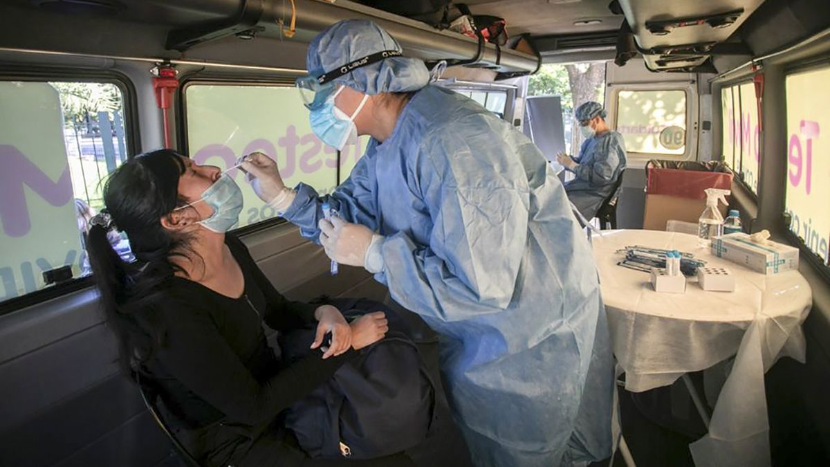 El Ministerio de Salud advierte sobre un posible rebrote provocado por la variante Delta.