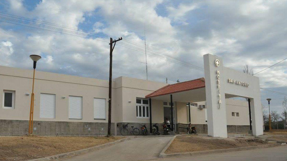 Por el aumento de casos, el Hospital de La Carlota está trabajando al límite