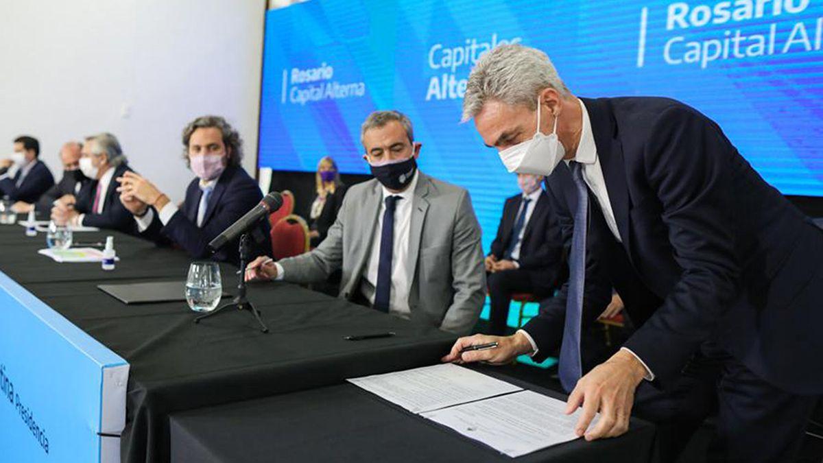 Mario Meoni estuvo en Rosario en el marco de la reunión del gabinete federal.