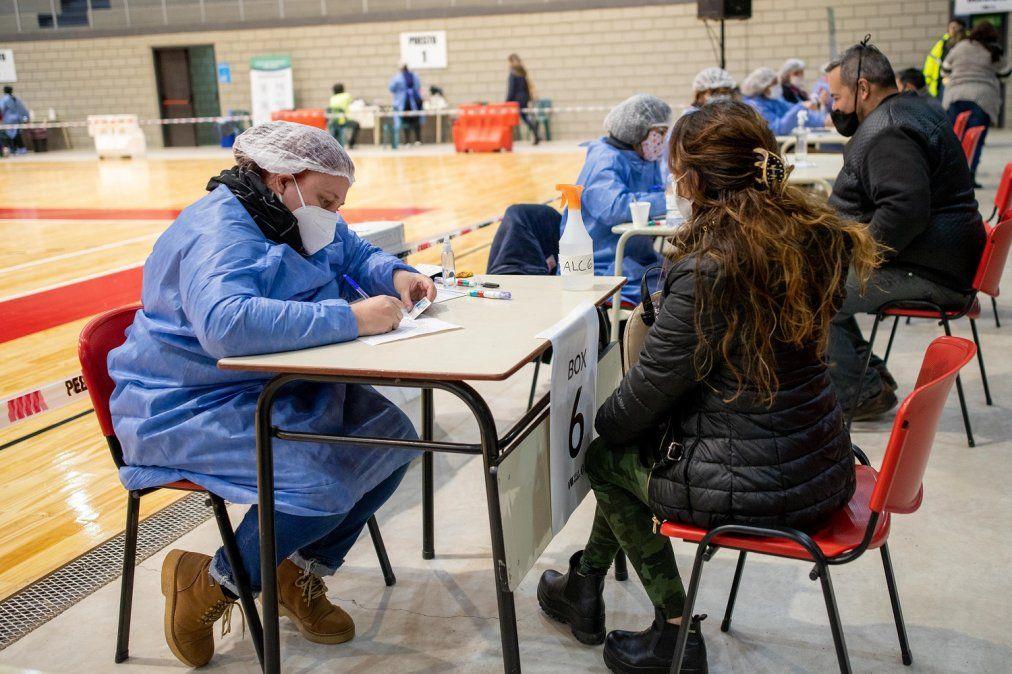 Ya fue inmunizado el 74% de los  villamarienses mayores de 18 años