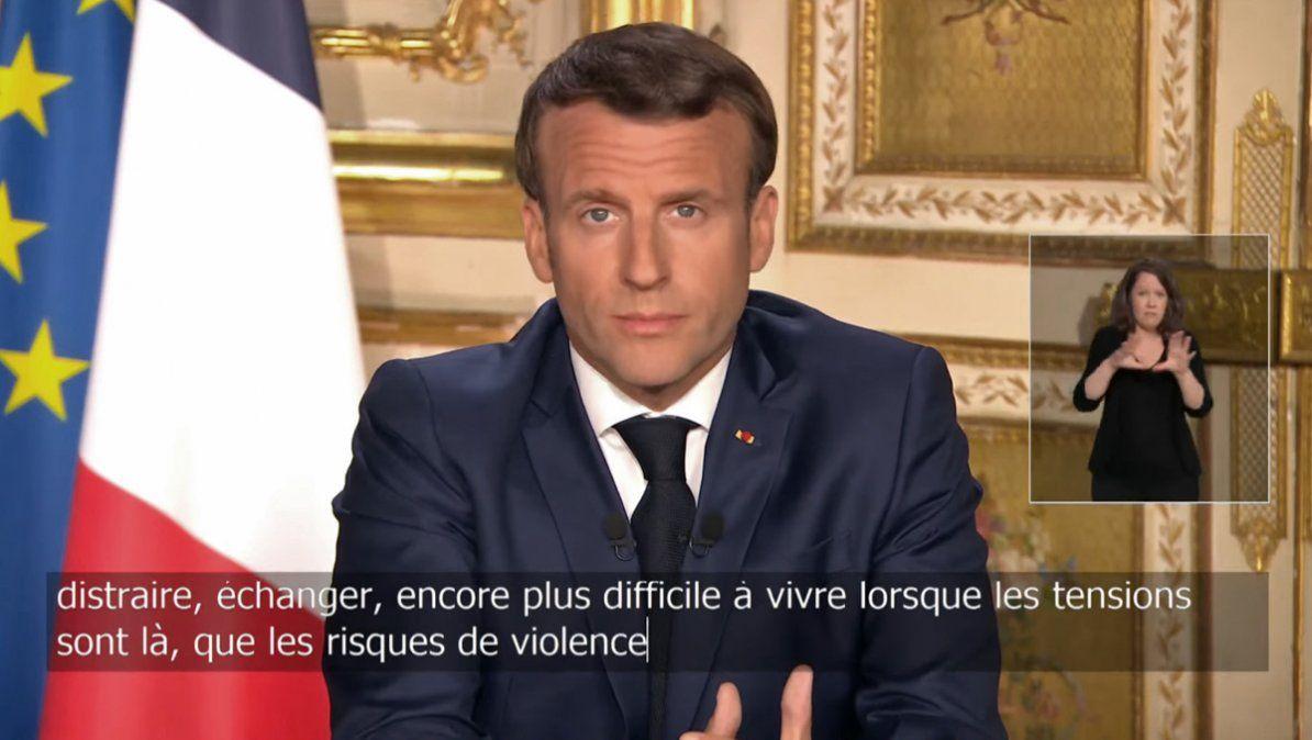 Macron anunció confinamiento estricto en Francia por un mes