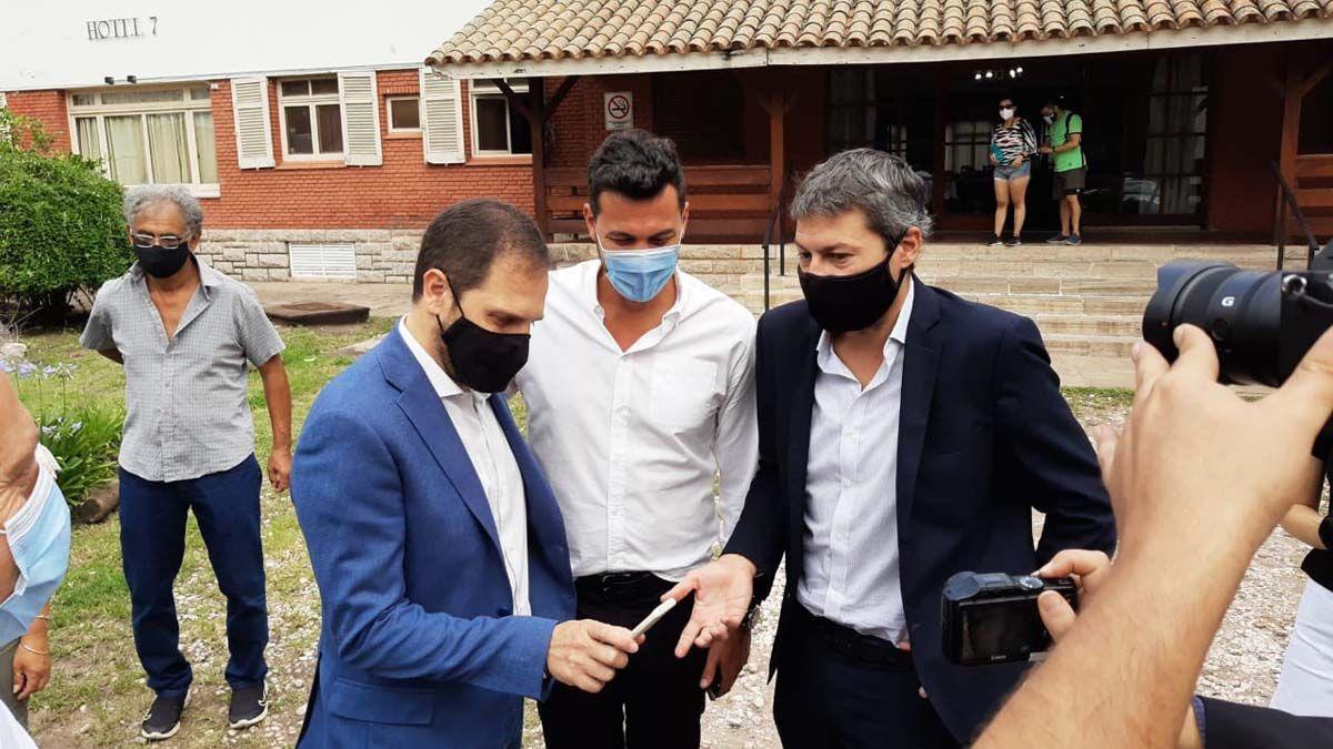 Matías Lammens junto a Martín Gill y Federico Alessandri.