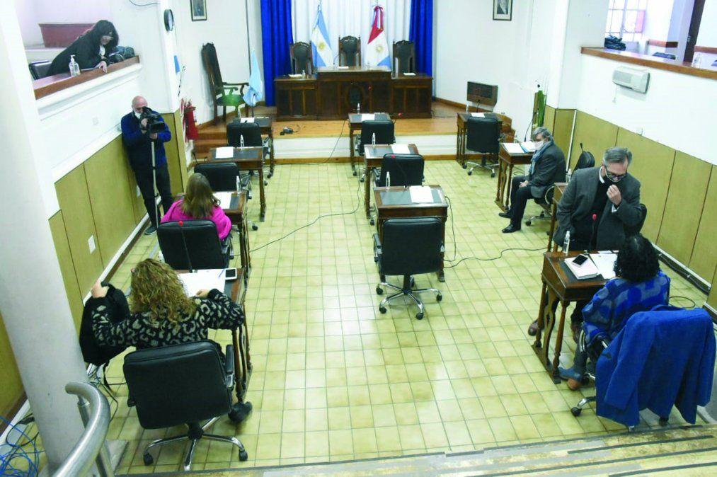 La oposición criticó la actividades posibles de hacer alejadas de las que dicta un gimnasio.