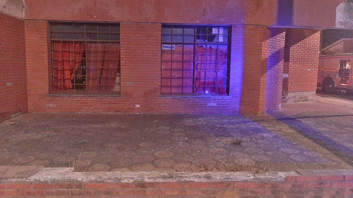 Una explosión y posterior incendio se registró en una vivenda de calle Saavedra.