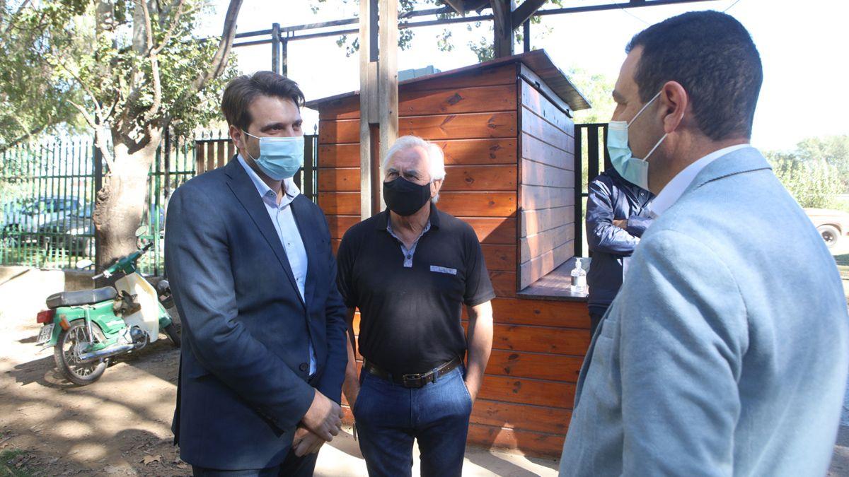 Scotto junto al secretario de Servicios Públicos municipal