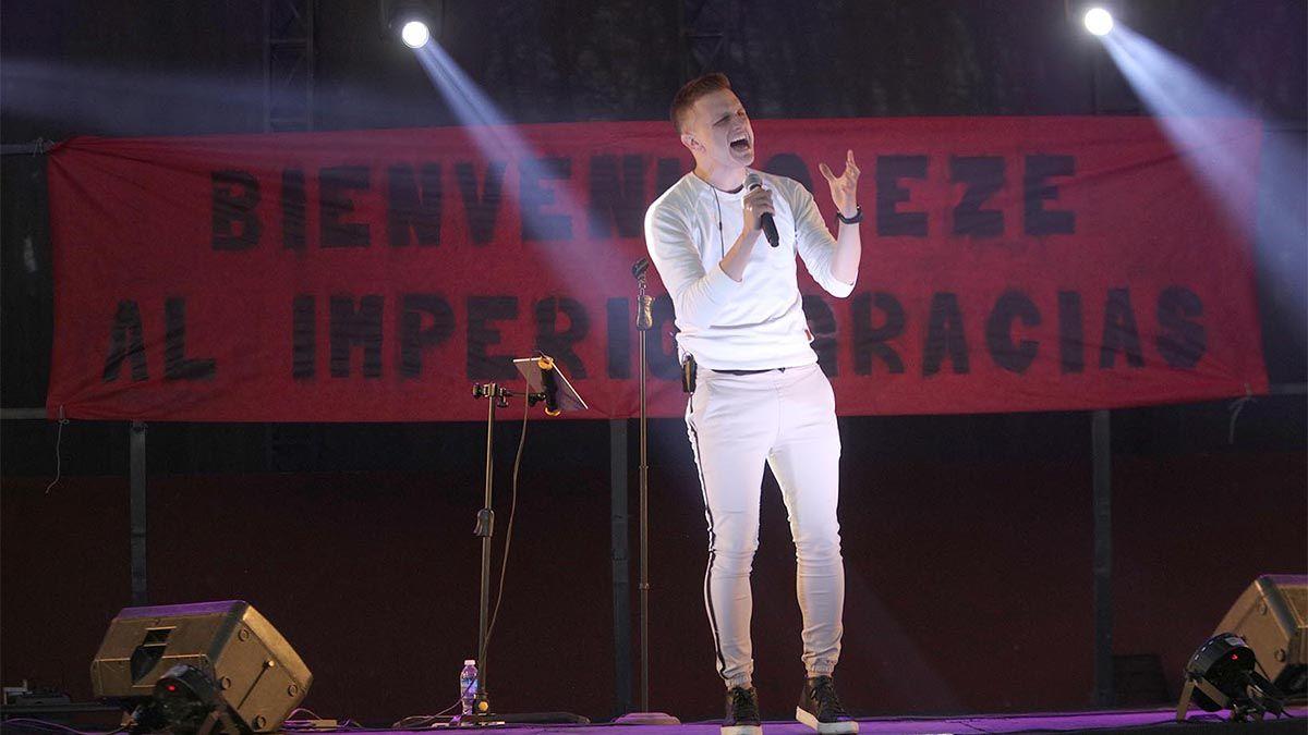 Eze Pedraza brindó un show gratuito en el Parque Sarmiento para agradecer el apoyo recibido.