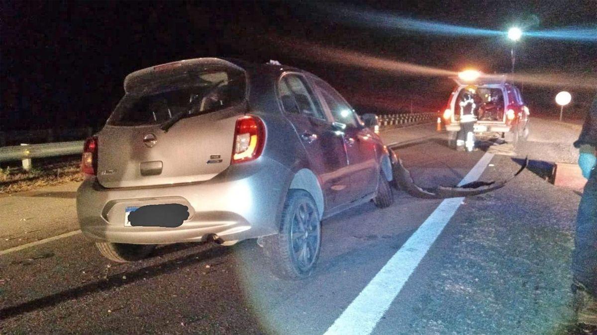 Despistó en la autovía y chocó un guardarrail cerca de Berrotarán