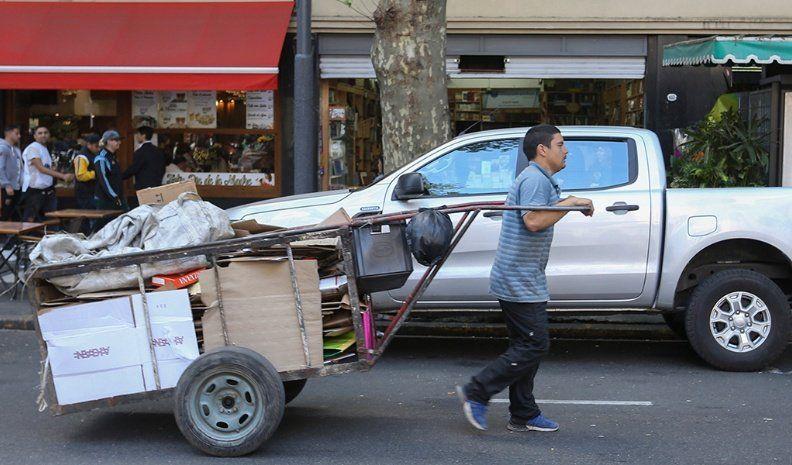 Las canastas que definen la pobreza y la indigencia subieron más que la inflación