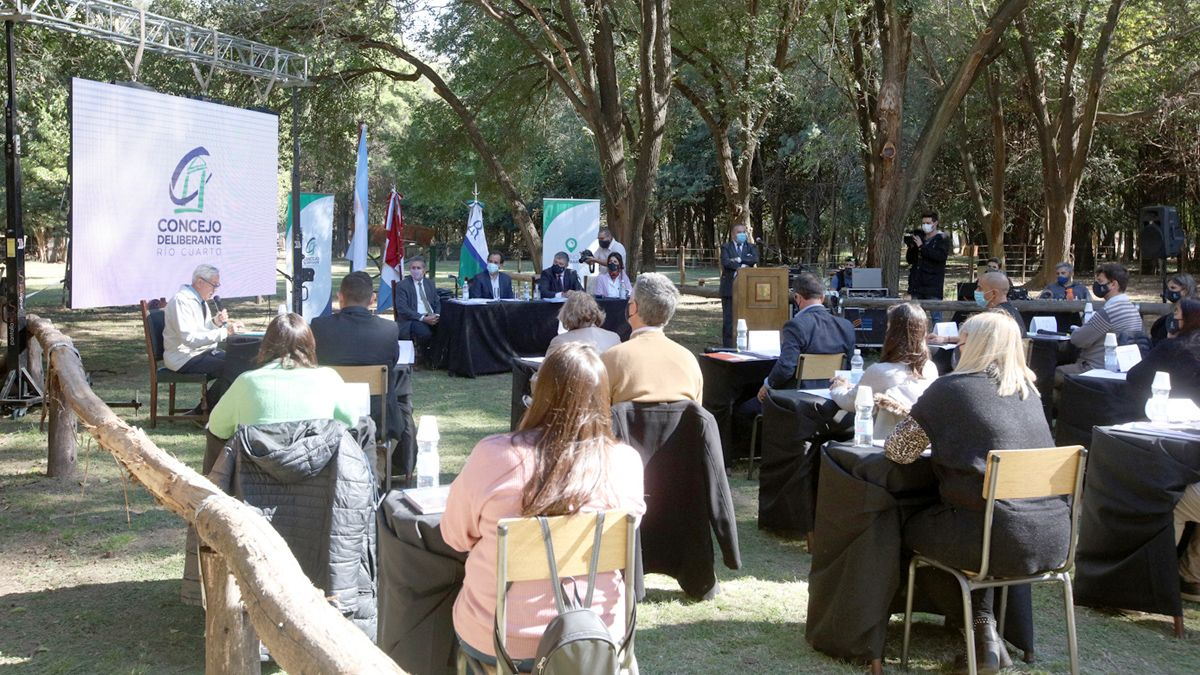 La sesión se realizó en el marco del programa El Concejo en los barrios.