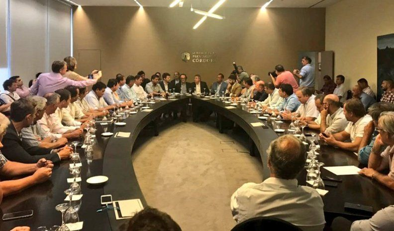 Intendentes radicales piden que convoquen a la Mesa Provincia-Municipios