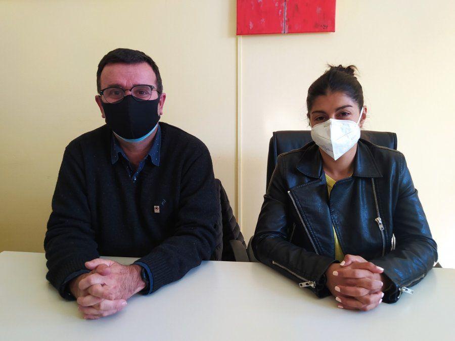 Trecco y Curetti en la Asistencia Pública tras anunciar la llegada de vacunas a los barrios.