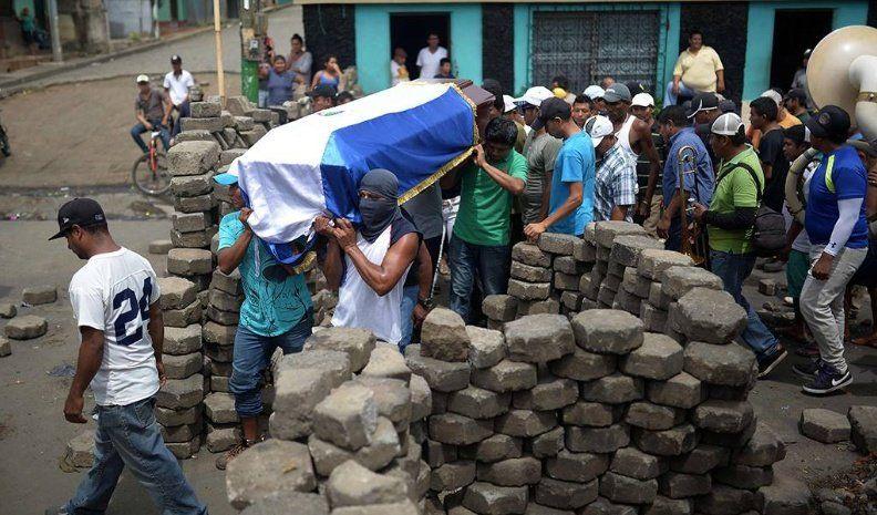 Nicaragua: violento ataque de fuerzas de Ortega en Masaya