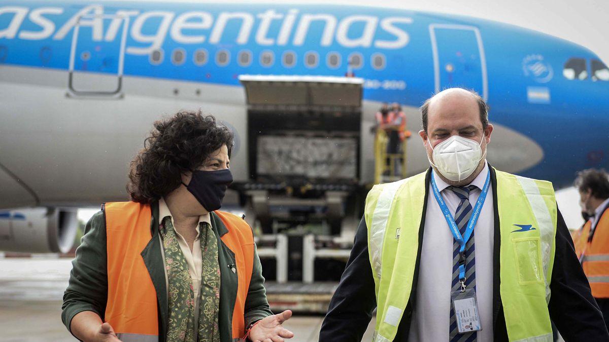 Vizzotti con el titular de Aerolíneas
