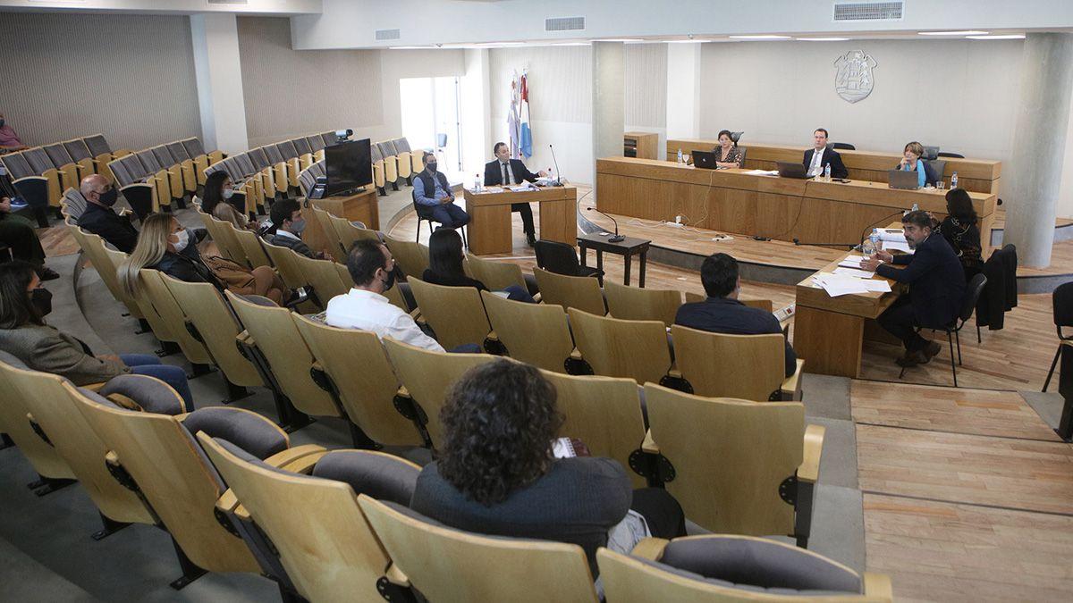 Diez ciudadanos comunes decidirán si Guzzetta es culpable o inocente.