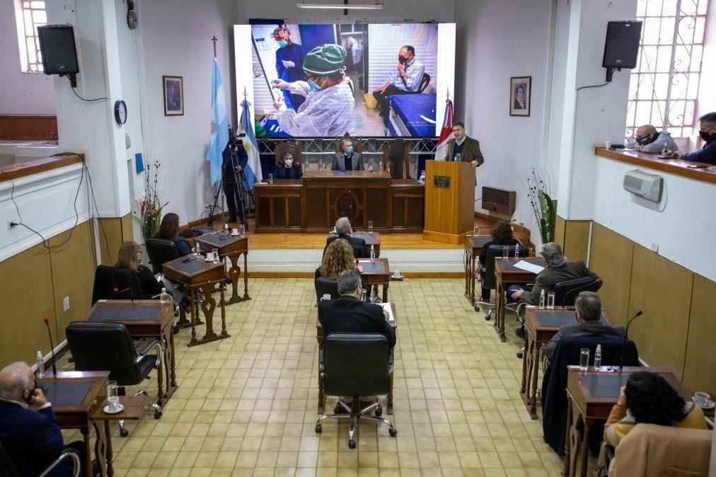 Todos los concejales se hicieron presentes en el recinto para oír el informe de gestión.