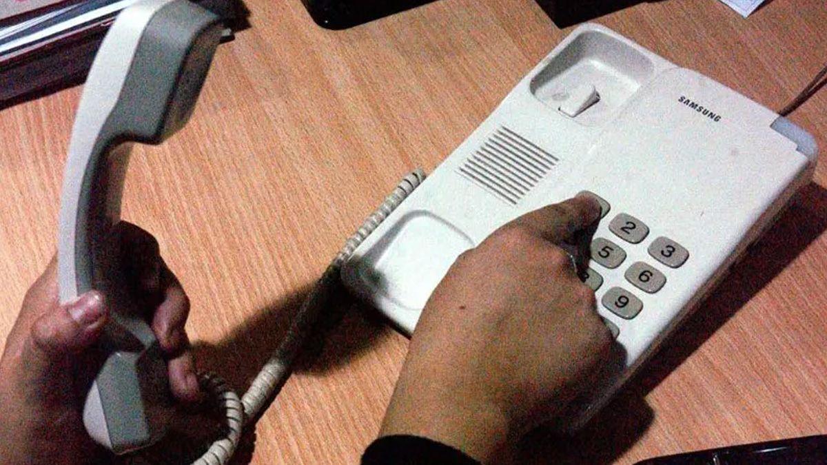 Una mujer de 88 años fue víctima de un engaño telefónico.