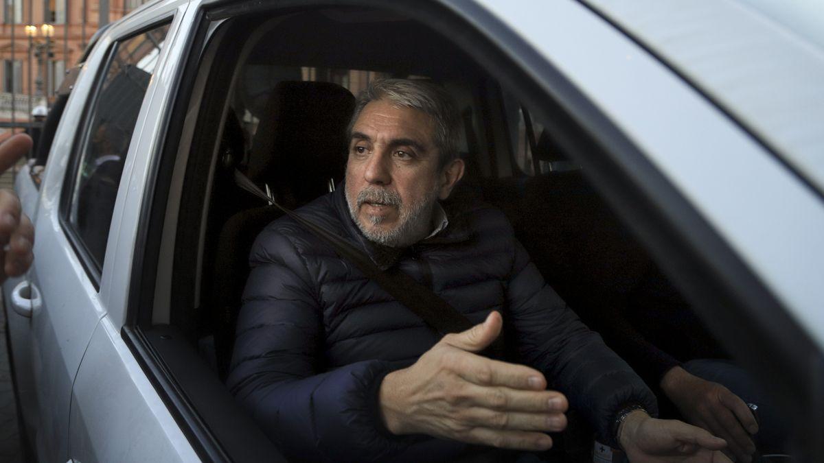 Aníbal Fernández visitó al Presidente en medio de las diferencias internas en el Gobierno.