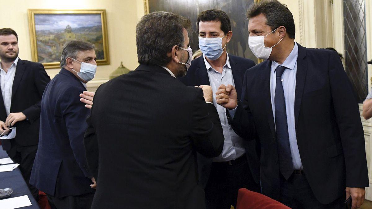 Wado De Pedro inició el diálogo con los diputados sobre el calendario electoral.