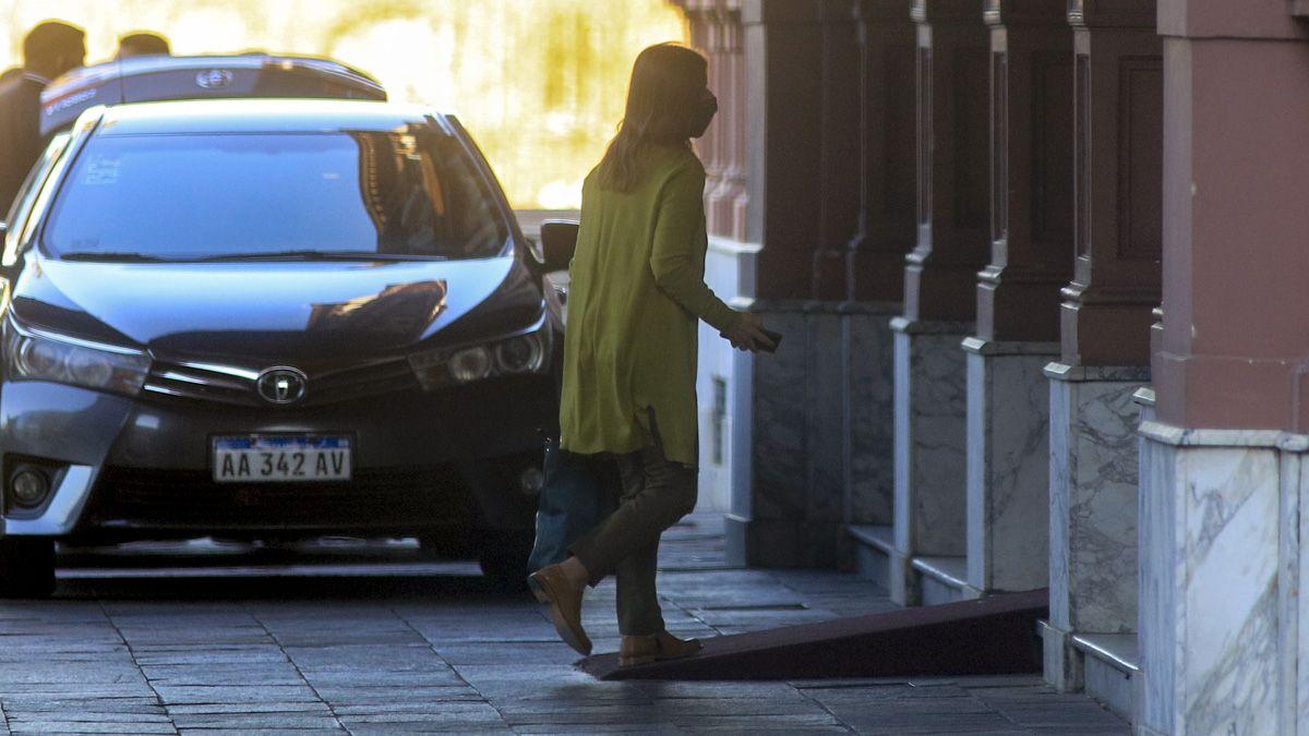 La ministra Sabina Frederic llegó a la Casa Rosada de la disputa interna.