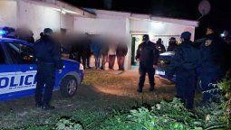 En La Carlota se detectó la presencia de 18 jóvenes que participaban de una fiesta clandestina en un sector de quintas ubicado a 2 kilómetros de la localidad