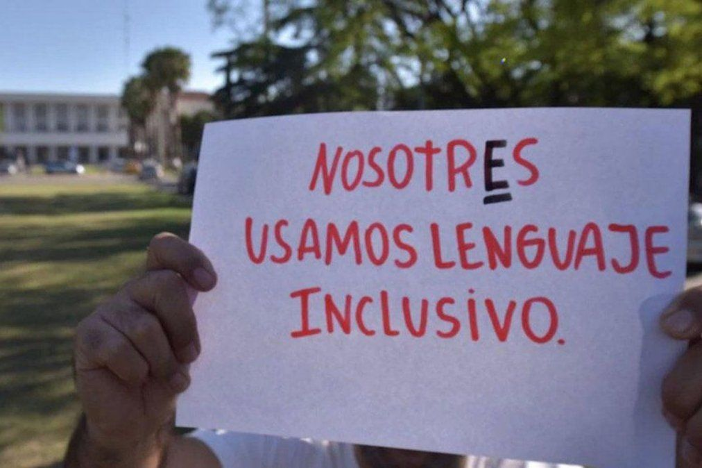 La RAE manifestó su desacuerdo con la utilización del lenguaje inclusivo.